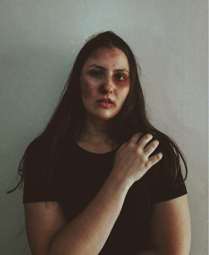 Acadêmicas fazem campanha para alertar violência contra mulher