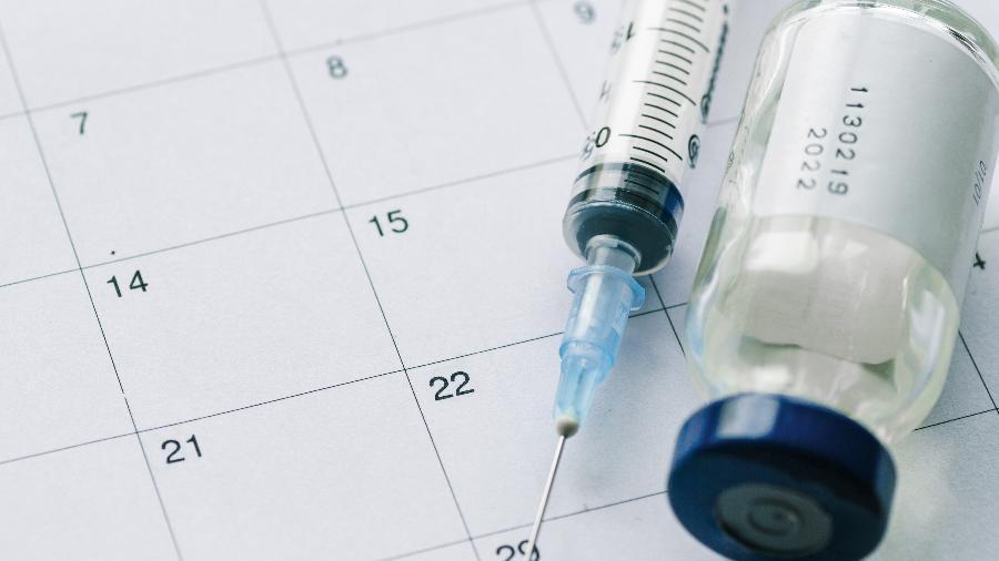 Deputados sugerem que Governo do Estado compre vacina por conta própria