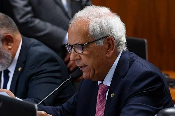 Senador  apresenta emenda ao Projeto de socorro emergencial para estados e municípios