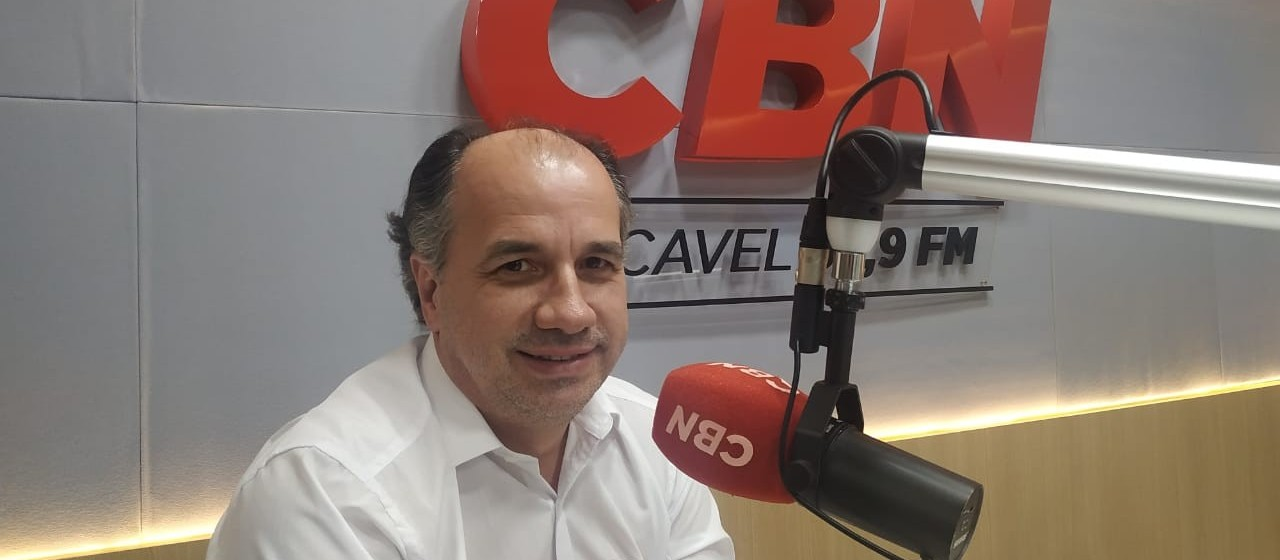 Rádio Colméia pioneira em Cascavel inicia transmissão em FM
