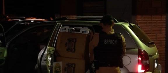 Polícia apreende cigarros e drogas em Pato Bragado
