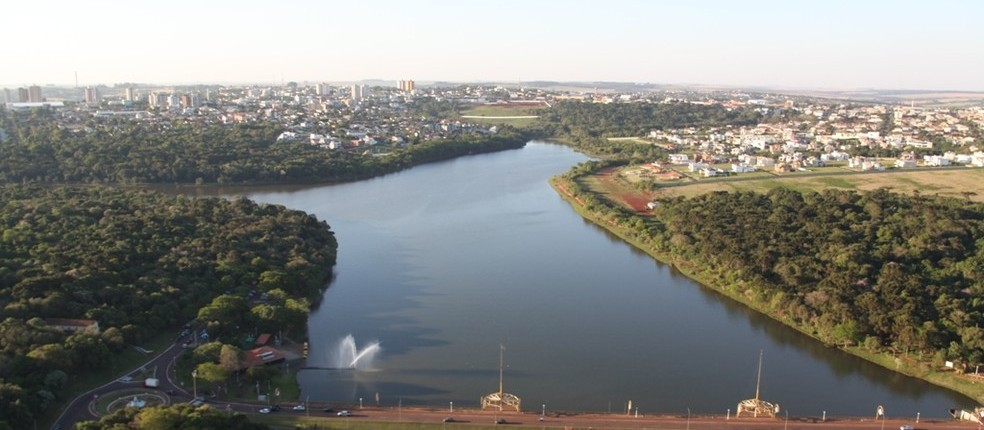 Secretaria de Meio Ambiente pede que população evite caminhar pelo  Lago Municipal  durante a noite