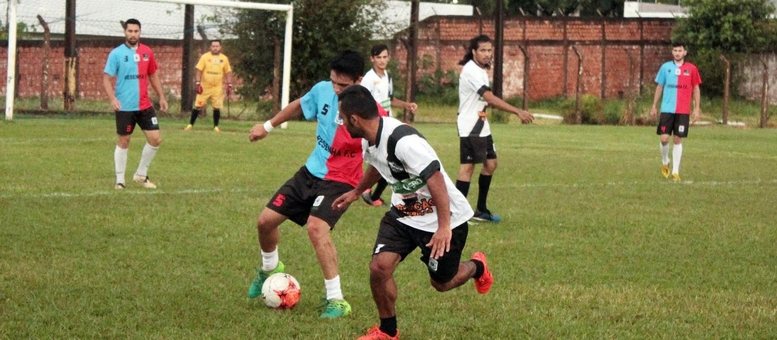 Jogadores de futebol amador de Cascavel prometem fazer protesto em frente à prefeitura