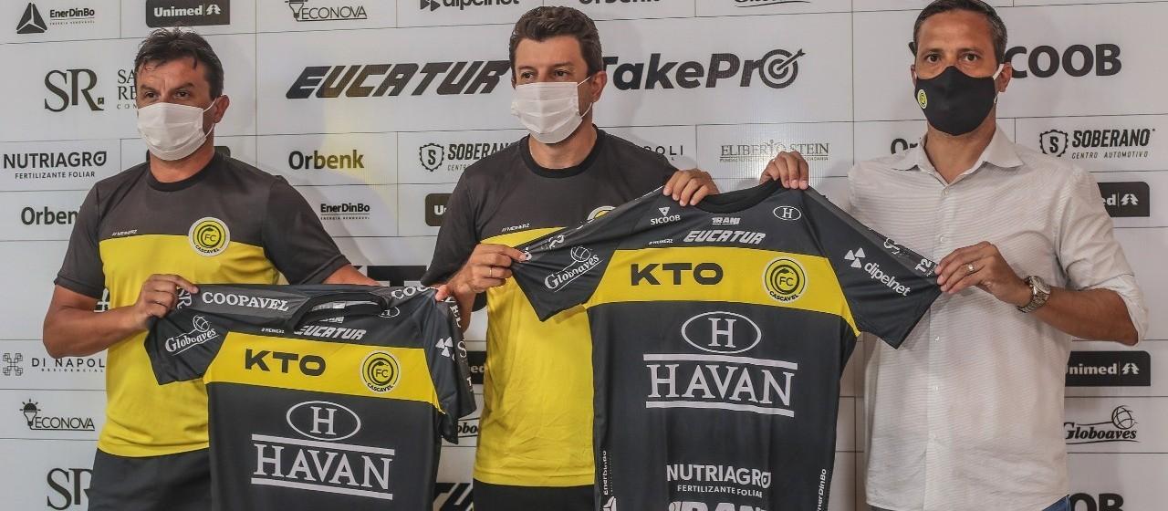 Tcheco dá início aos trabalhos de pré-temporada no Futebol Clube Cascavel