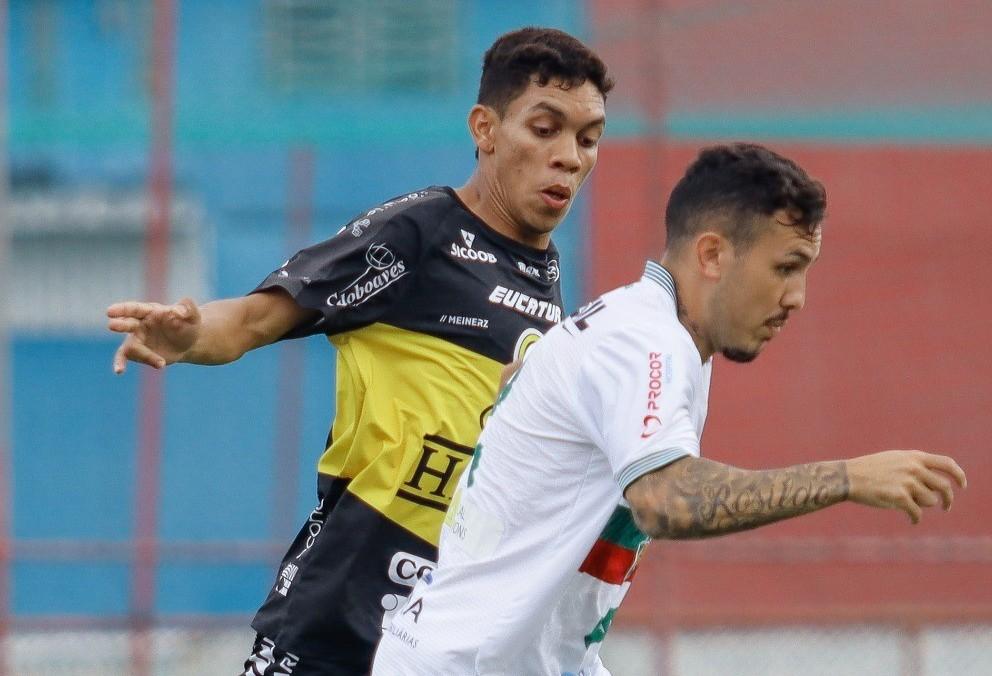 FC Cascavel perde para a Portuguesa por 2x1 no Rio de Janeiro