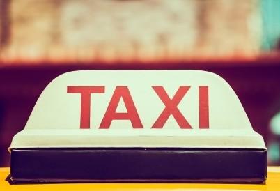 Projeto de Lei que discute a regulamentação da atividade de transporte