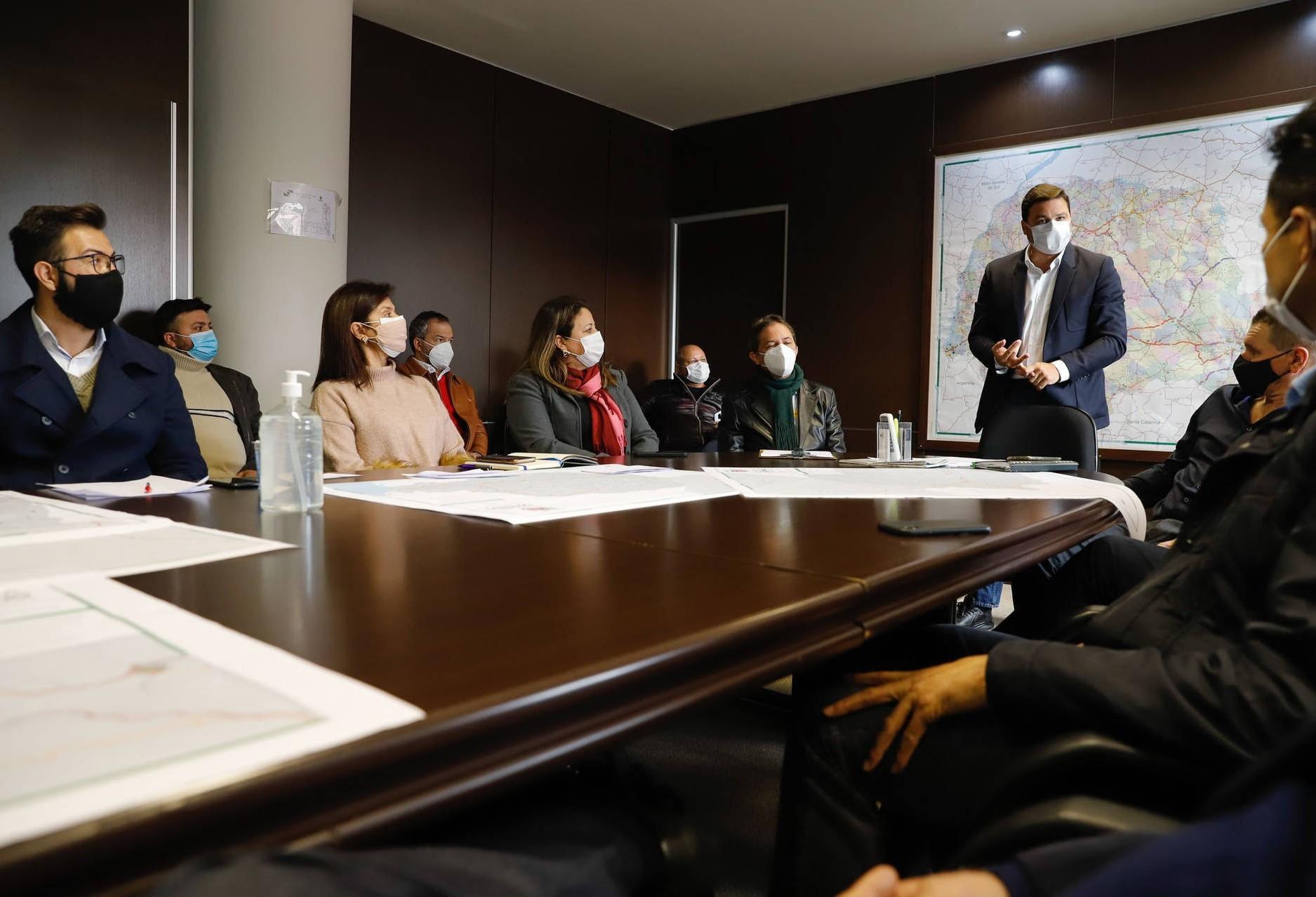 Prefeitos dos Campos Gerais e do Oeste apoiam o projeto da Nova Ferroeste