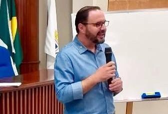 Diretor do Sescap orienta empresários em relação as medidas do governo