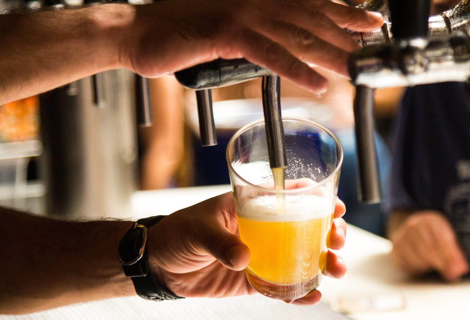 Venda de bebidas alcoólicas será proibida a partir das 22h no Estado