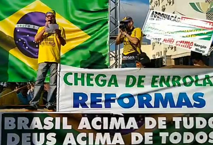 Manifestação tem atos pró-Moro em Cascavel