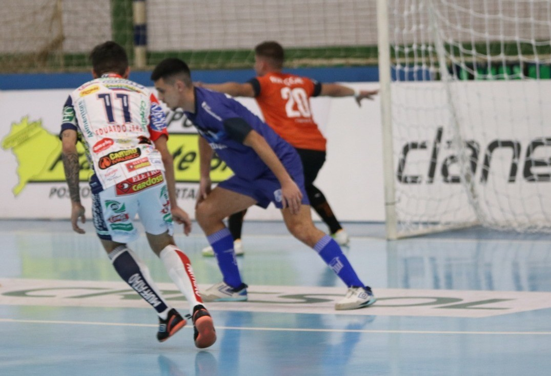 Cascavel Futsal despacha o Minas e está nas quartas de final