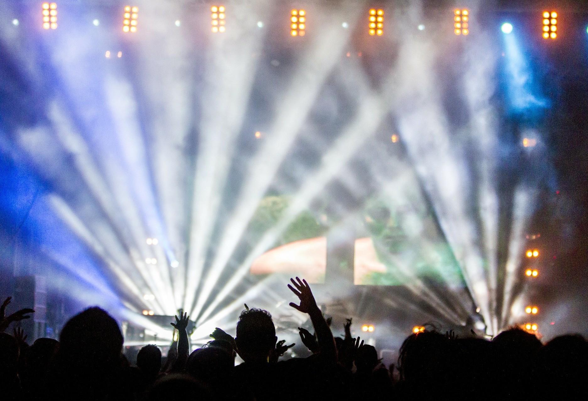 Decreto Municipal autoriza retorno de boates, salões de dança e bailes