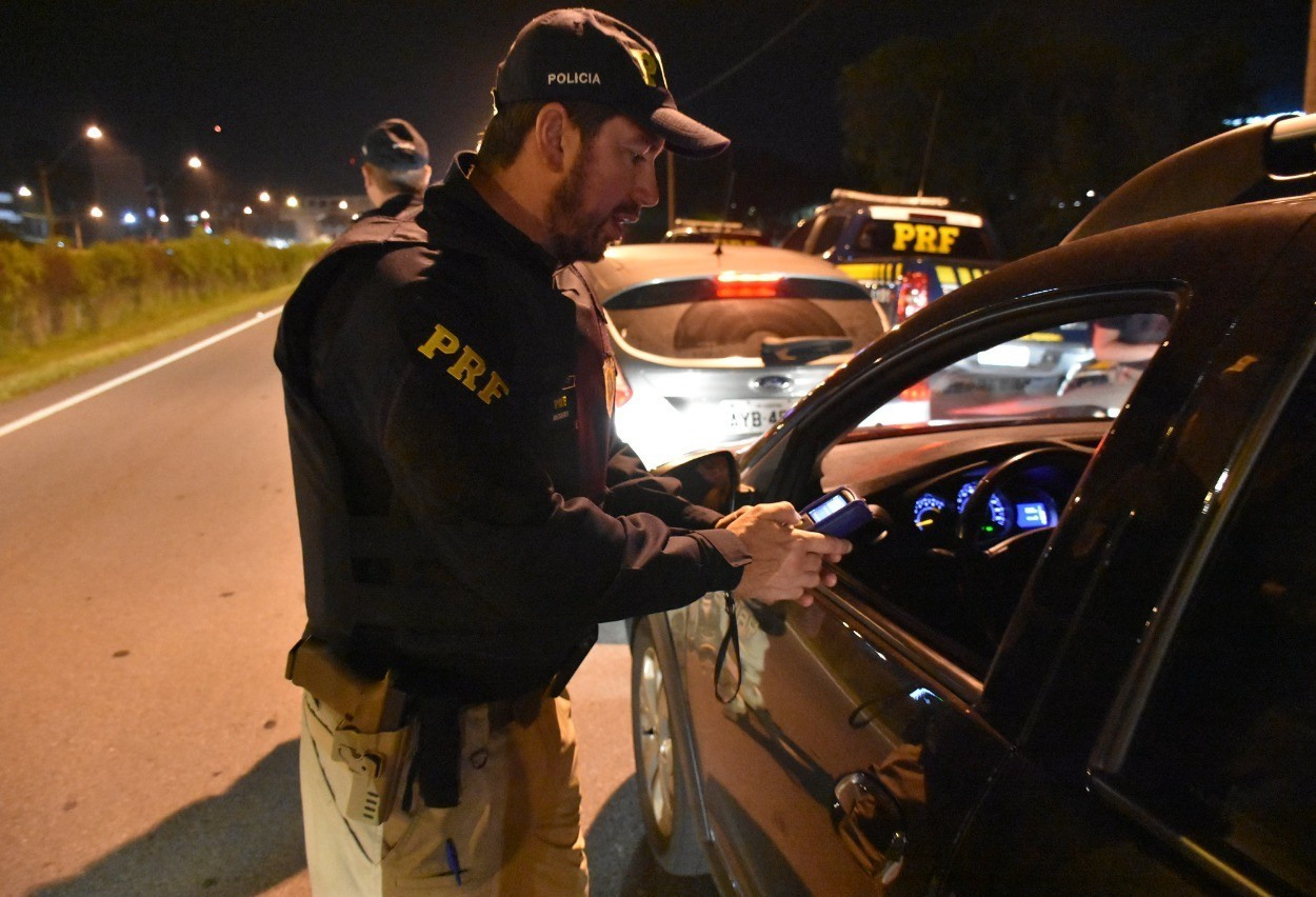 81 motoristas são flagrados embriagados durante operação