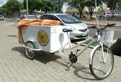 Programa Bike Legal entrega mais 5 bicicletas para empreendedores ambulantes