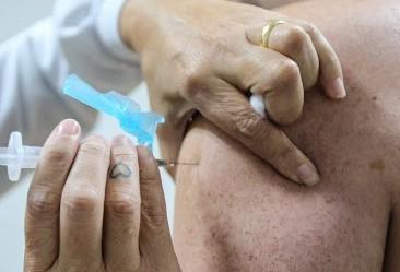Comboio da Saúde imunizará professores na Blitz da Vacina