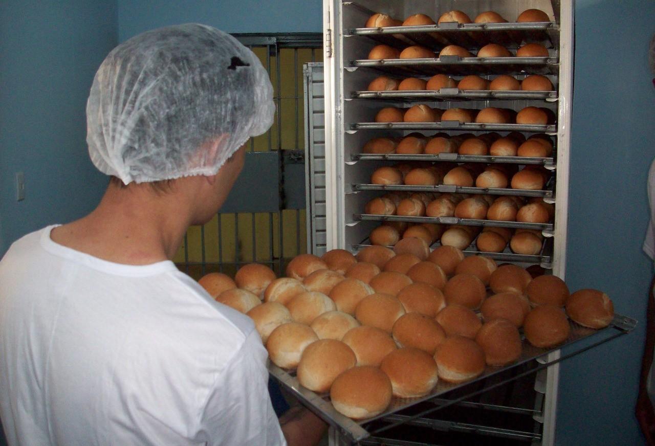 Penitenciária Estadual de Cascavel vai produzir pães para atender demanda das unidades regionais