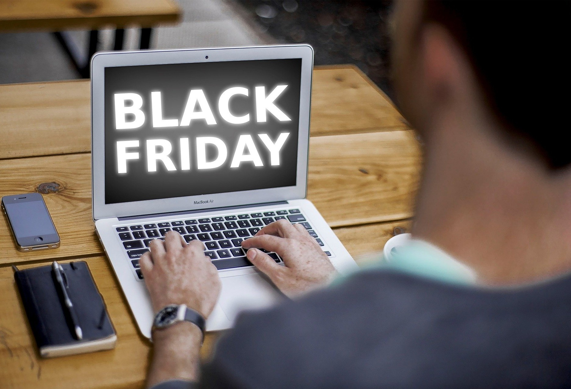 Black Friday se aproxima e especialista dá dicas para preparar o seu e-commerce