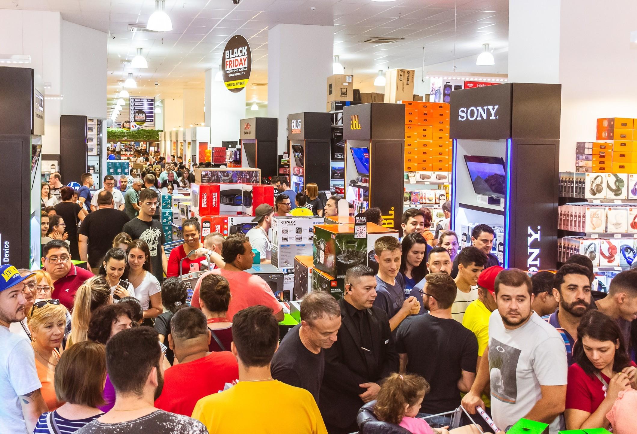 Black Friday atrai milhares de turistas para o Paraguai neste fim de semana