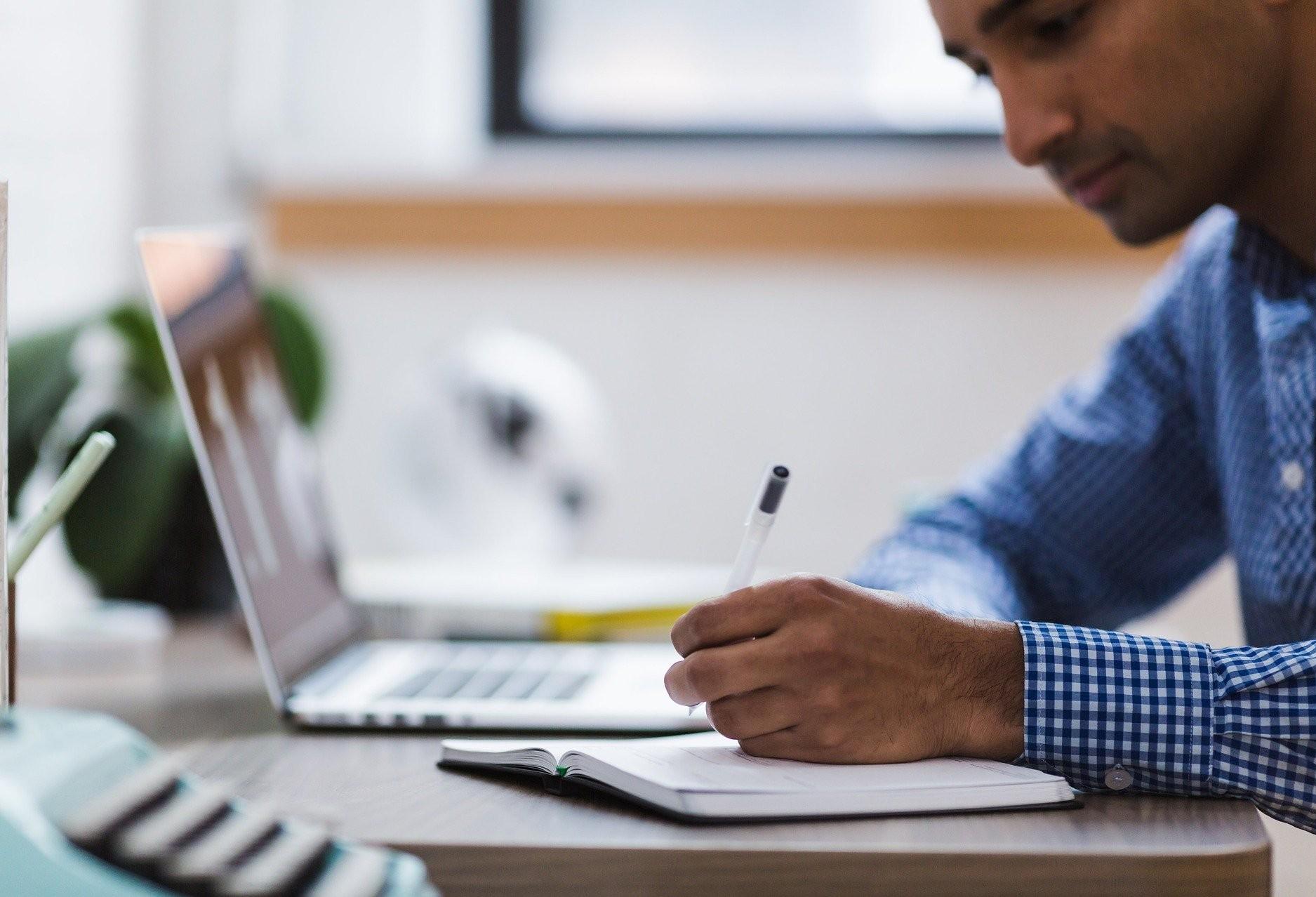 Home Office, trabalho em casa, é opção em período de coronavírus