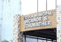 Paranhos assina ordem de serviço para revitalização da escola  Nicanor Schumacher
