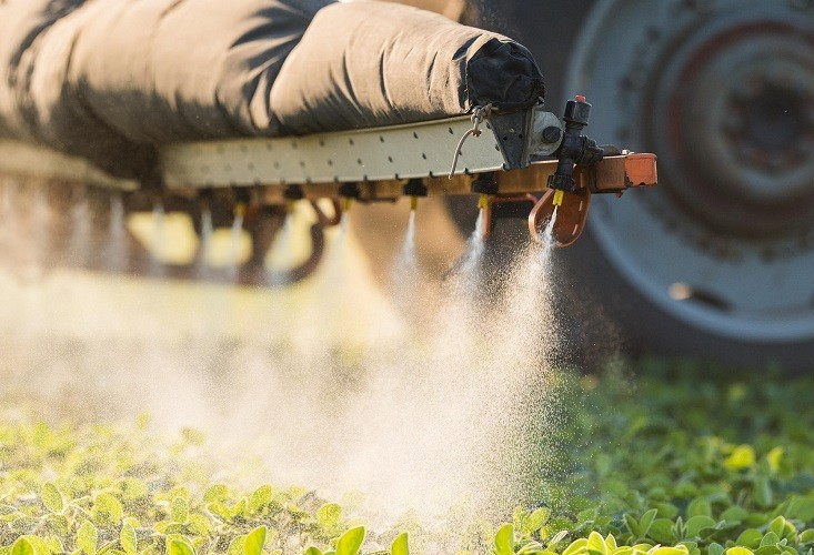 Seminário busca especialização de profissionais que receitam agroquímicos
