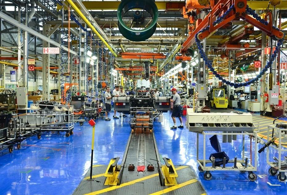 Industria do Paraná é a que mais cresce no país em setembro