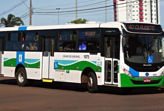 Idosos com 65 anos ou mais, poderão utilizar transporte público a partir de segunda-feira (12)