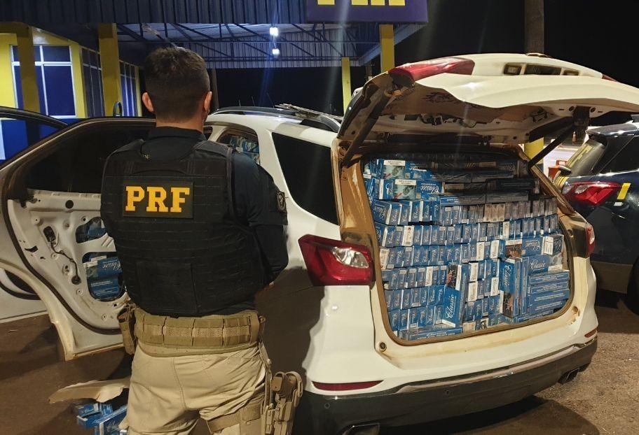 PRF apreende contrabando após 10 km de perseguição