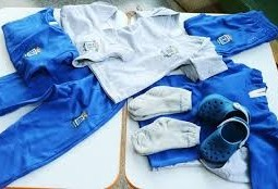 Comitê aprova uniformes escolares