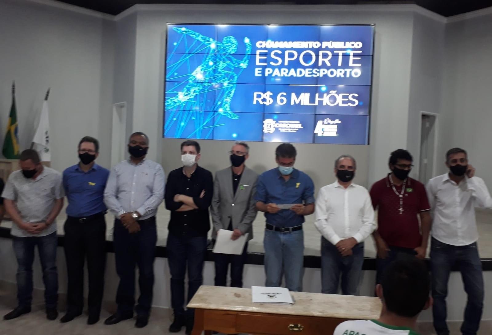 Prefeito  homologa chamamento público de R$ 6 milhões para o esporte e paradesporto