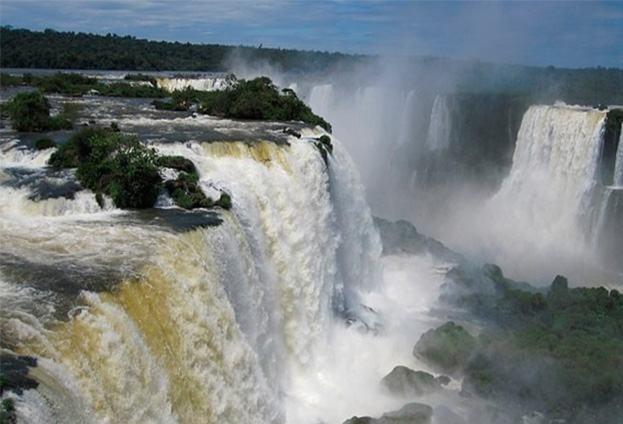 Cataratas e outros atrativos turísticos têm acréscimo na visitação