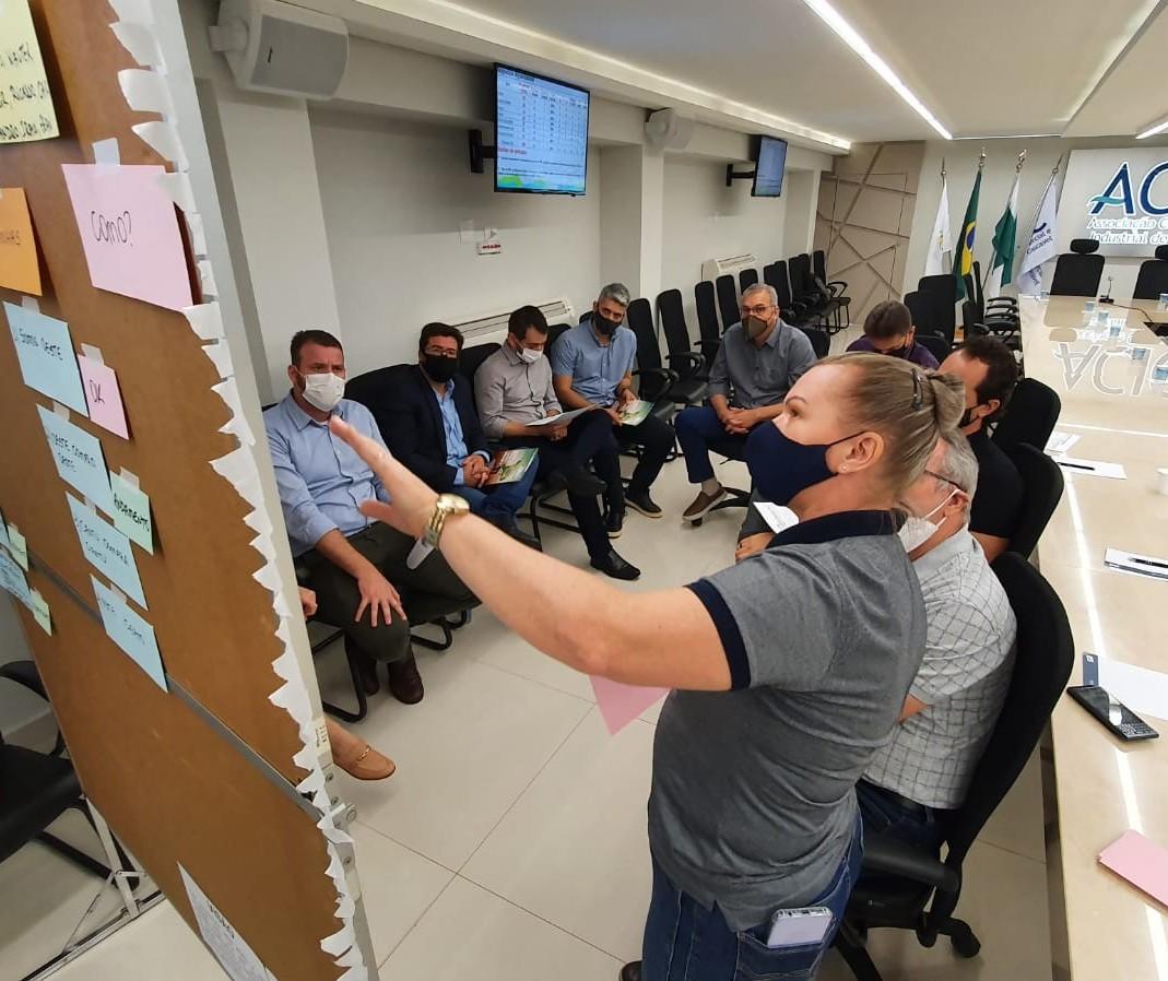 Caciopar reúne diretores para alinhar planejamento 2021/2022