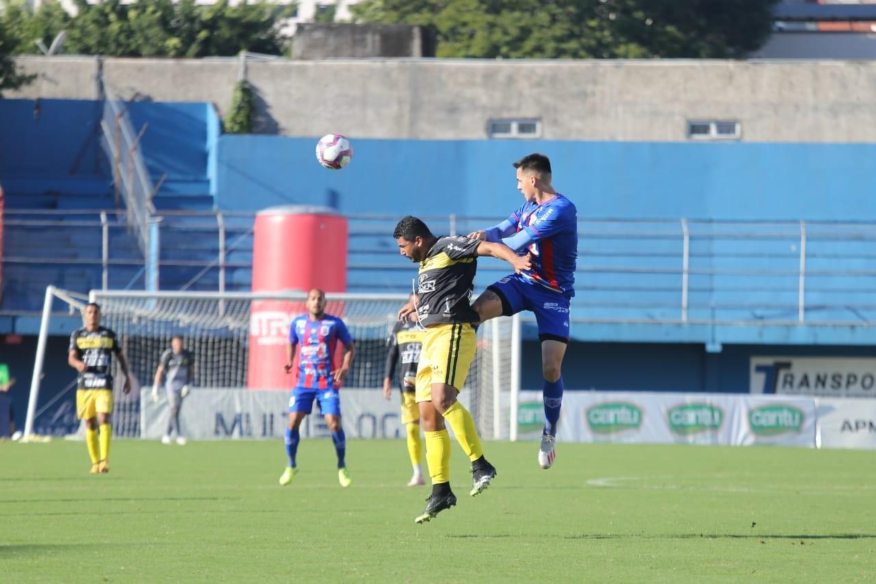 Jogando em Itajaí pela 2ª rodada do Brasileiro, Cascavel empata com Marcílio Dias