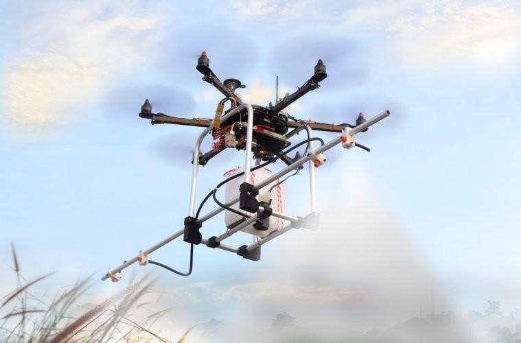 Drones são aliados na pulverização de plantas