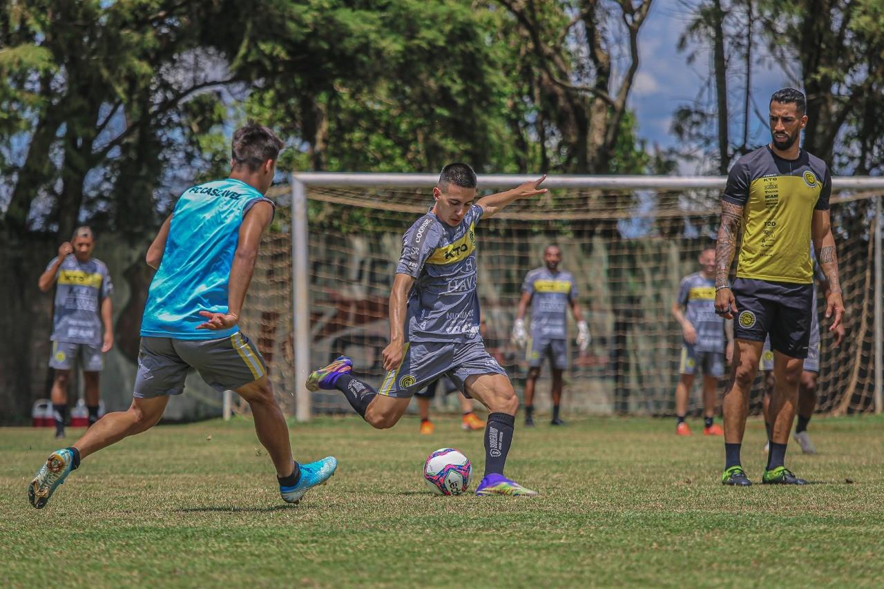 Cascavel decide título do Paranaense 2021 contra Londrina e reencontra torcida depois de 584 dias