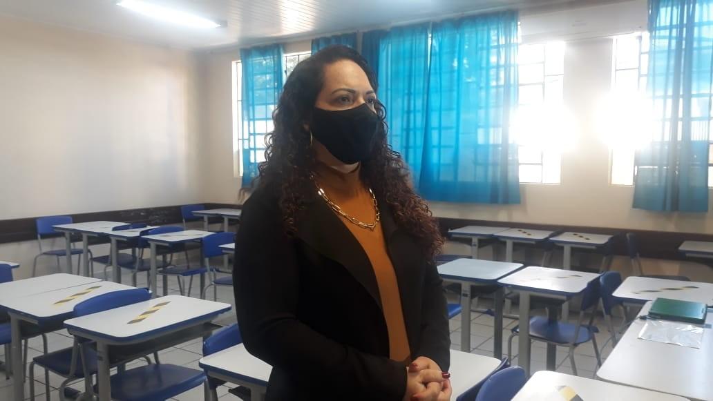 Luciana Paulista - Chefe do Núcleo Regional de Educação