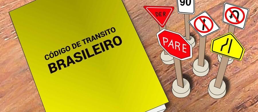 Nova lei de trânsito entra em vigor nesta segunda-feira (12)