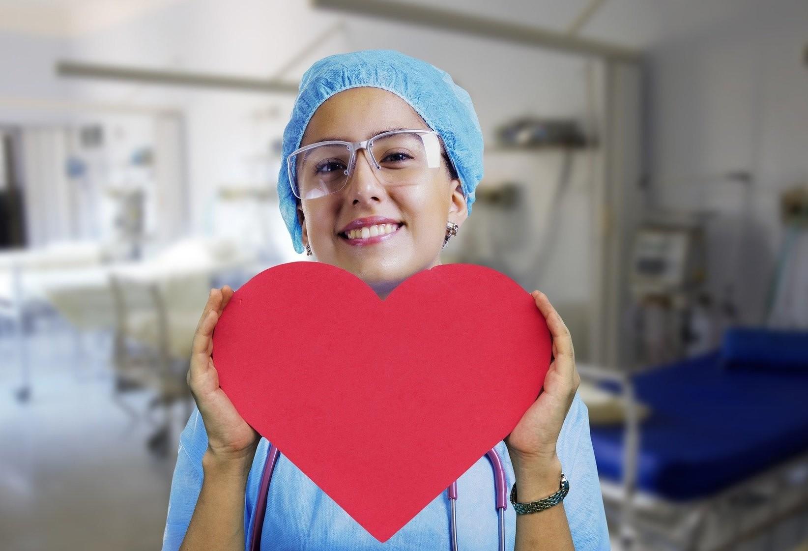 Dia Internacional da Enfermagem destaca atuação dos profissionais na COVID-19