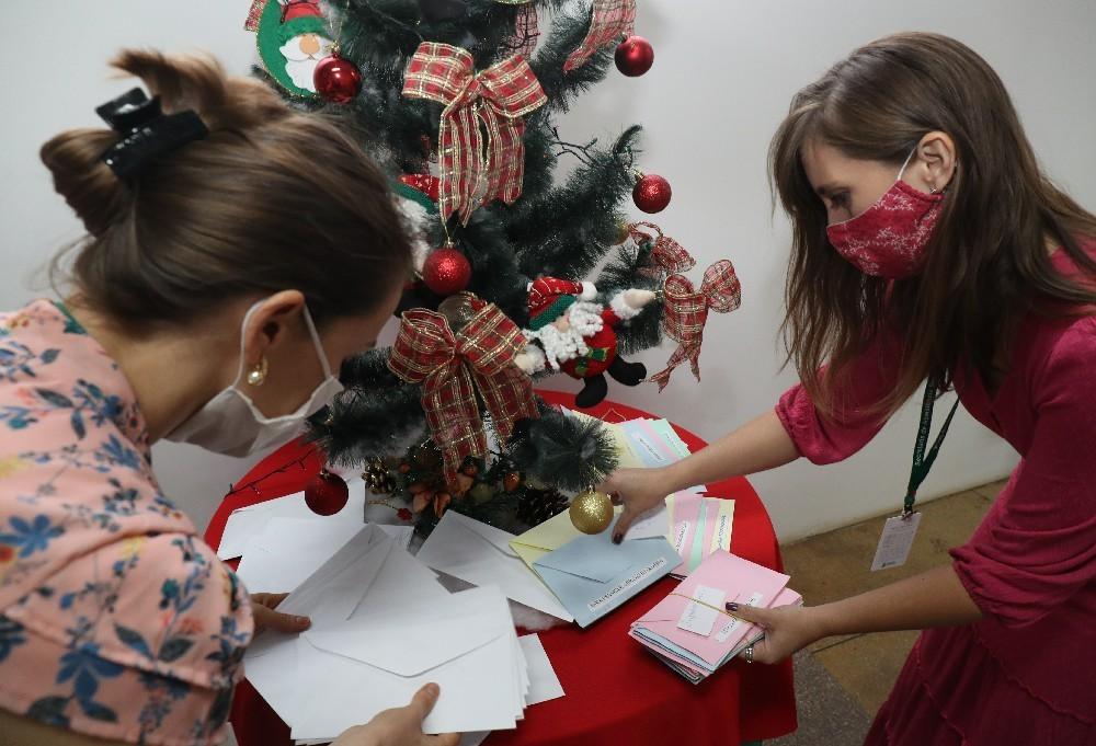 Cascavelenses adotam mais de 500 cartinhas destinadas ao Papai Noel
