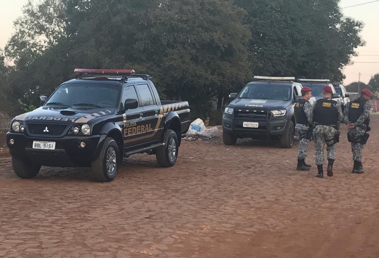 Polícia prende duas pessoas e apreende drogas em Santa Izabel do Oeste