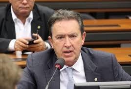 """""""Paraná é o estado que mais perde com o  abono salarial """" diz deputado"""