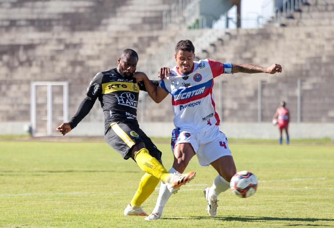 CCR e FC Cascavel empatam em jogo de seis gols