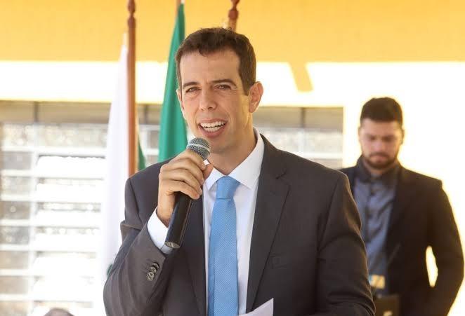 Renato Feder diz ter recusado  convite para ser o novo ministro da Educação