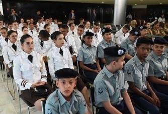 Escolas cívicos-militares: quais os prós e os contra?