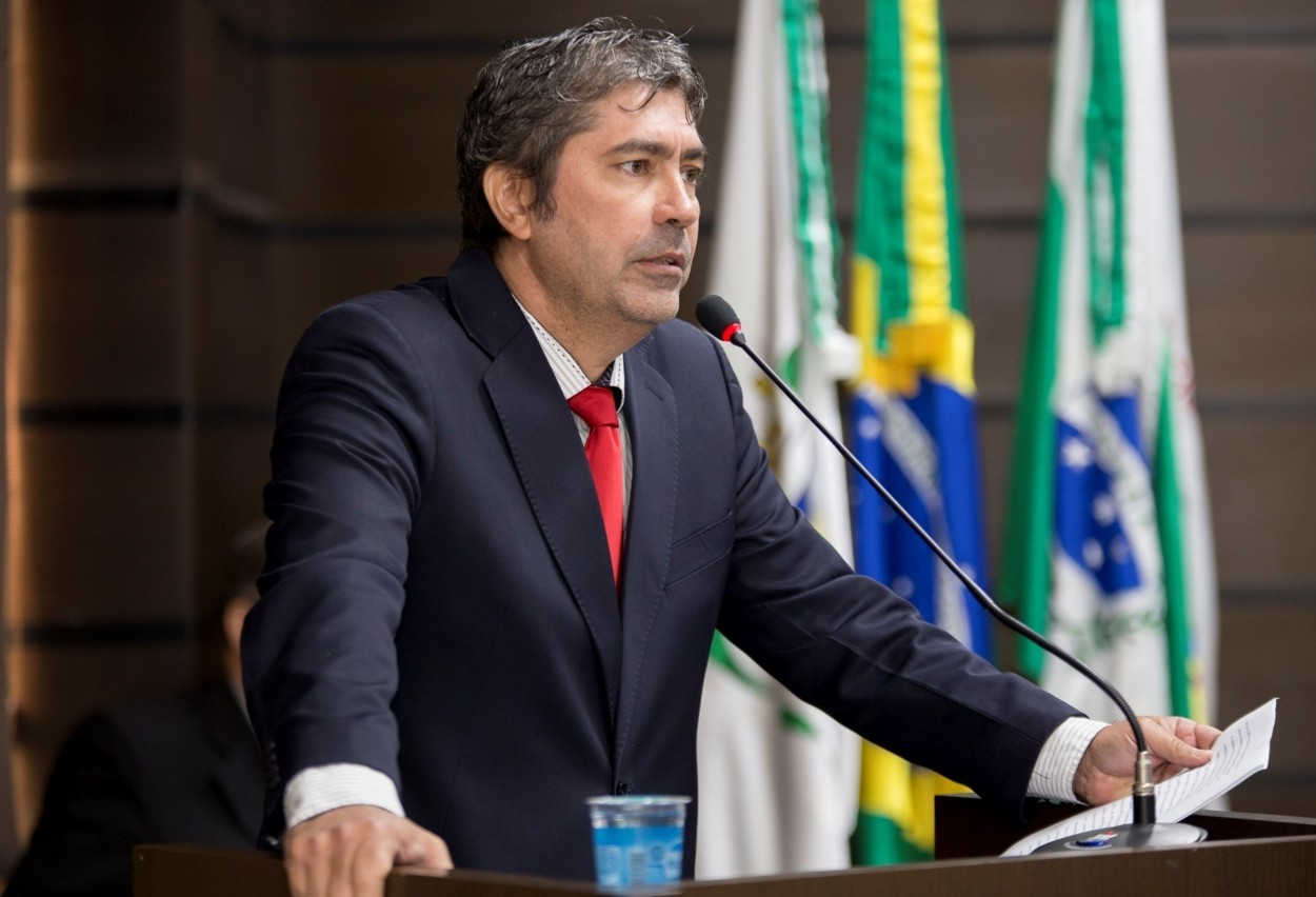 Câmara de Vereadores discute projeto que autoriza entrega de terrenos públicos para quitação de dívida