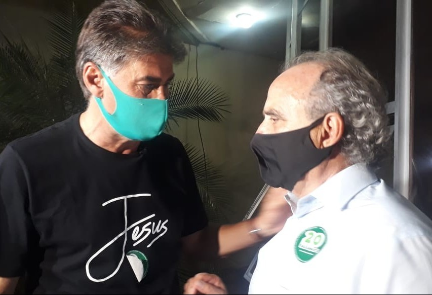 Paranhos é reeleito prefeito de Cascavel