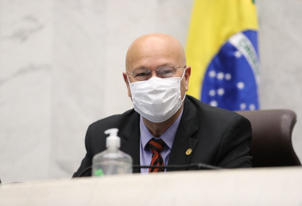 Deputado alerta municípios sobre implantação da internet 5G