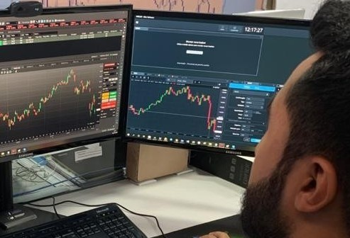 """""""O dólar segue como opção de compra"""", diz Medina"""