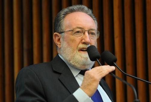 """""""Precisamos, na área política, é fazer o dever de casa"""", diz o deputado Tercílio Turini"""