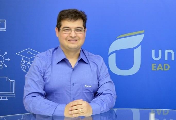 """""""Está muito caro comprar créditos"""", diz Osvaldo Mesquita Junior"""